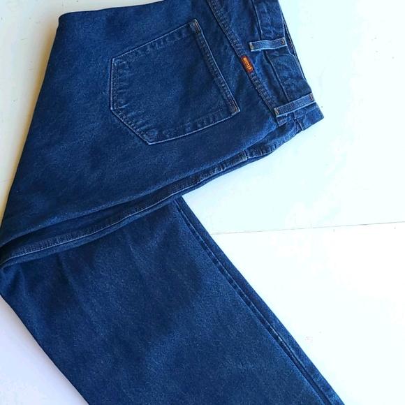 Rustler 40 x 30 Jean's